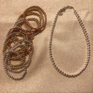 Necklace & bracelets